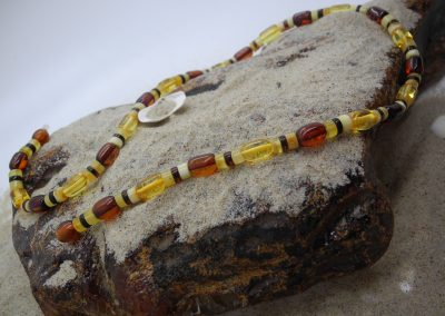 Natural Baltic amber necklace NEC03