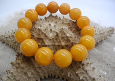 Natural Baltic amber round beads bracelet BRA13