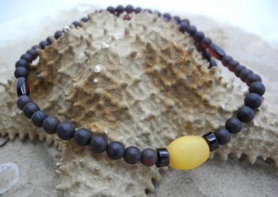 Natural Baltic amber necklace NEC04