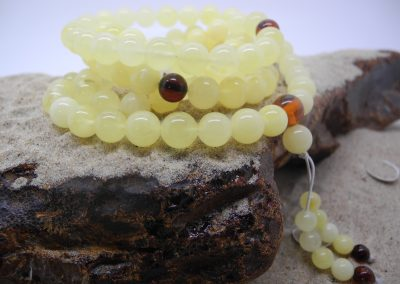 Natural Baltic amber Buddhist rosary RO02
