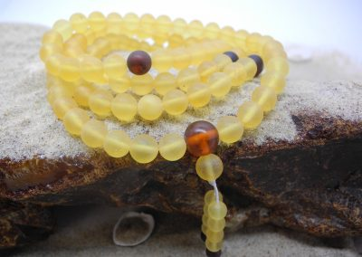 Natural baltic amber Buddhist rosary RO09