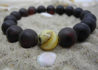 Natural Baltic amber bracelet BRA23