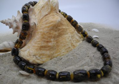 Natural Baltic amber necklace NEC05